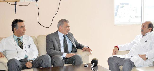Arabacıoğlu TÜRK-SEN ve TIP-İŞ'i ziyaret etti