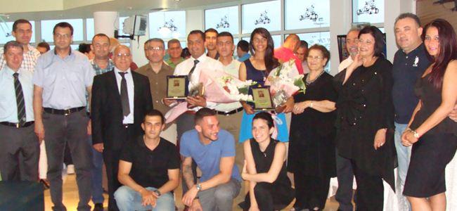 Ali Özer ile Sabriye Atikoğlu ödüllerini aldı