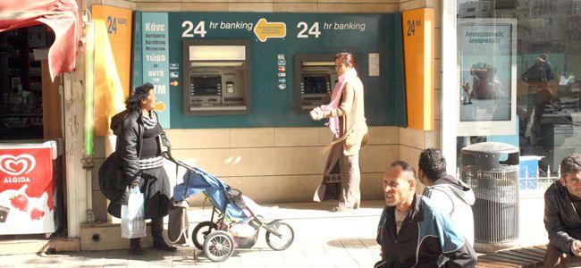 Kıbrıs Bankasındaki kriz önlendi