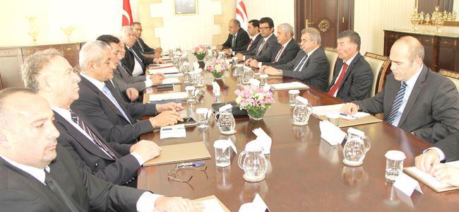 Kıbrıs sorunu masaya yatırıldı