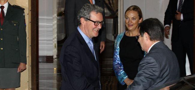 Downer büyükelçi olmak istiyor iddiası