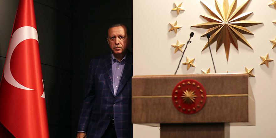 MİT, Cumhurbaşkanlığa bağlandı