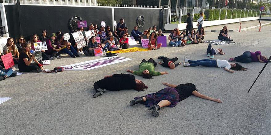 Kadına cinayetlerine karşı isyandayız!