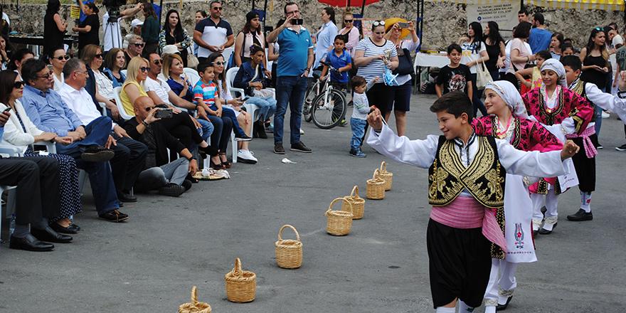 İpek Kozası Festivali renkli geçti