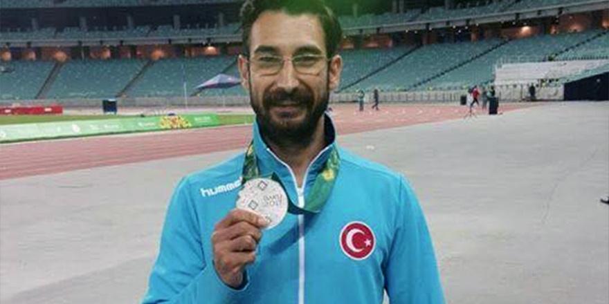 Yiğitcanlı Türkiye Bakü'de ikinci
