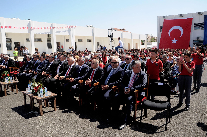 Bayraktar Ortaokulu'nun yeni binası açıldı