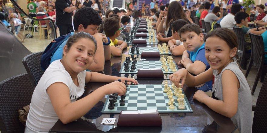 City Mall'da satranç heyecanı