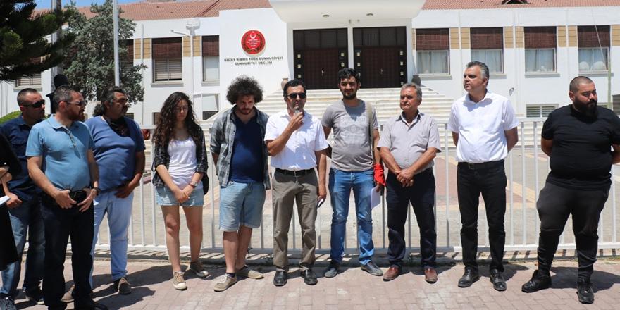 Yasa ile 'Dini Dayatma'ya protesto