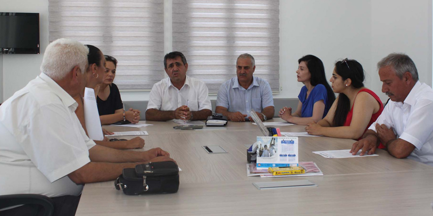"""""""Girne'de 2 yeni okul ihtiyaç"""""""