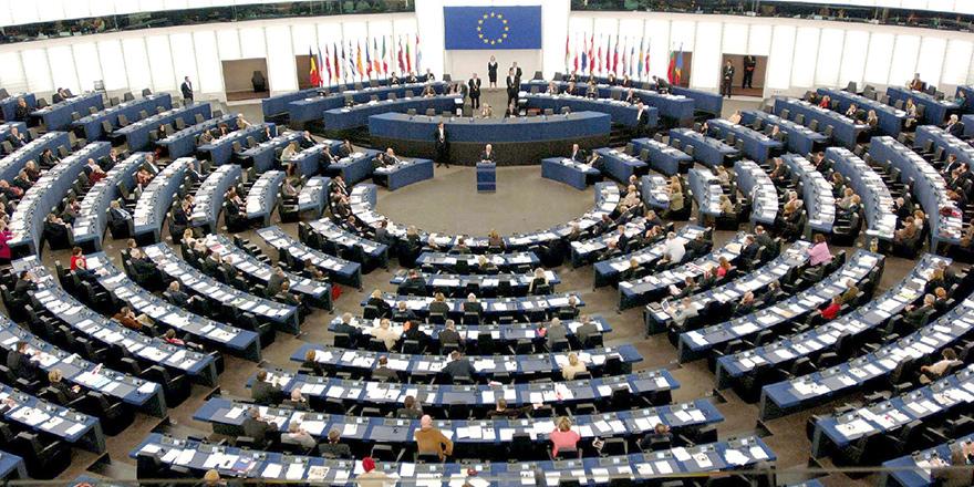 Avrupa'dan Türkiye'ye: Müzakereler dondurulsun