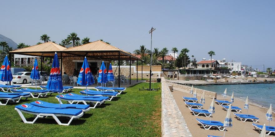 Karaoğlanoğlu Belediye Plajı hizmete açılıyor