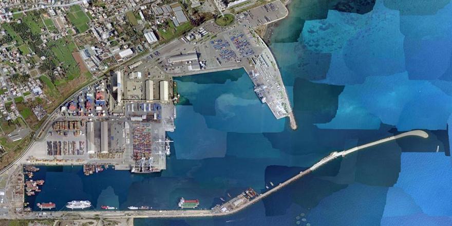 """Limasol açıklarında """"hayalet yelkenli gemi""""..."""