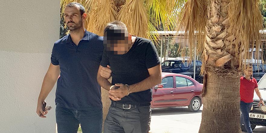 Fethullah Gülen'in kitabı yüzünden tutuklandı…