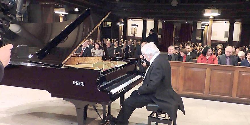 Arman Ratip, 30 Eylül'de Londra'da konser verecek