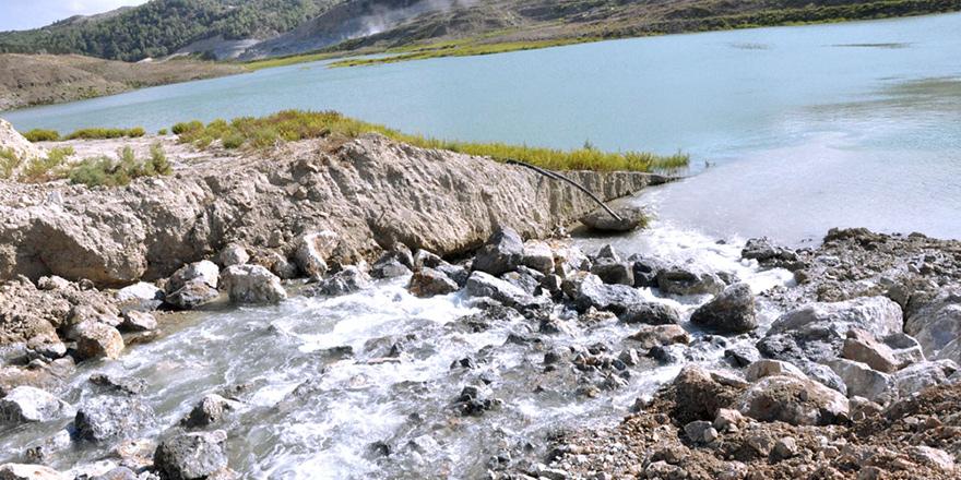 Türkiye'den gelen su yeni bölgelere dağıtılmaya başlandı