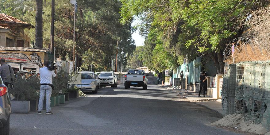 'Yol çalışması' Ledra'dan geçişi durdurdu!
