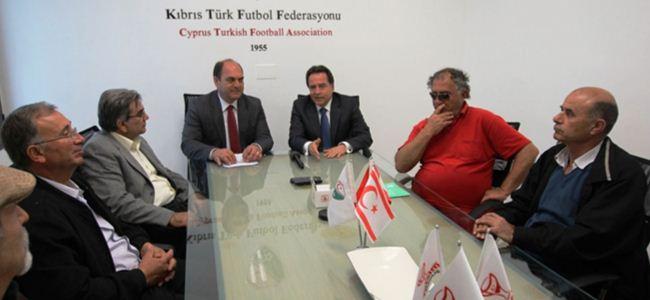 """Fellahoğlu: """"Lefkoşa yeniden spor ve kültür-sanat merkezi olacak"""""""