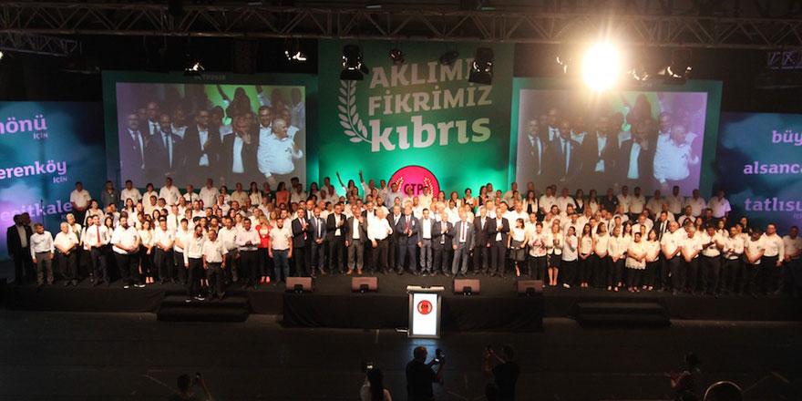 """""""AKLIMIZ FİKRİMİZ KIBRIS"""" dediler"""