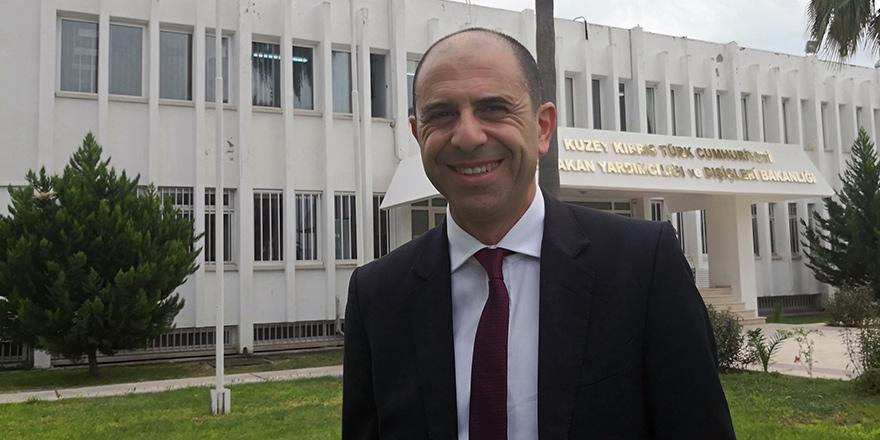 """""""Statükonun devamı Kıbrıslı Türklere zarar veriyor"""""""