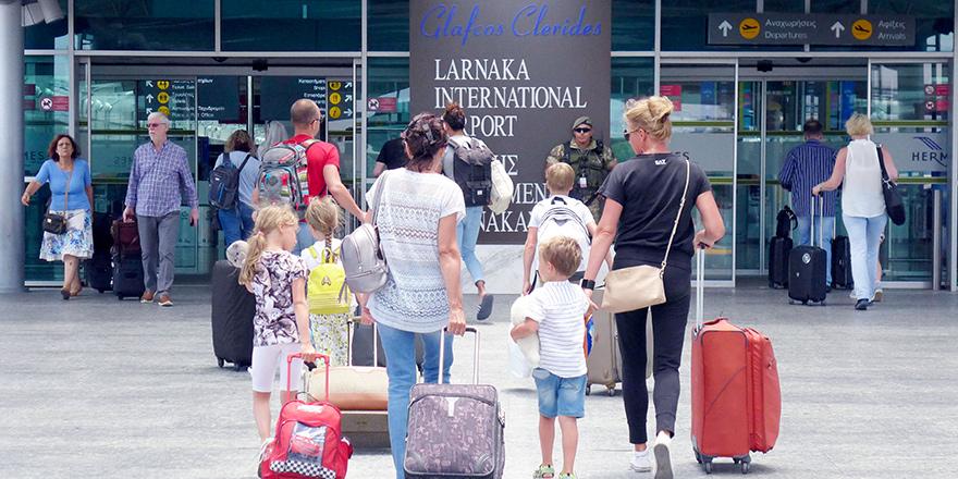 Güney Kıbrıs'ta 2019'da 11 milyonluk yolcu trafiğiyle tarihi rekor