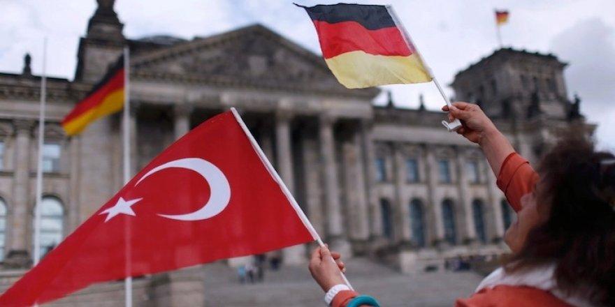 Türkiye dışında 5 milyon Türkiye yurttaşı 'Kıbrıs'a dair veri paylaşılmadı!