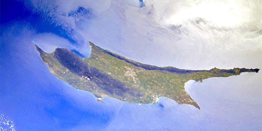 Rus kozmonot uzaydan Kıbrıs'ın fotoğrafını çekti