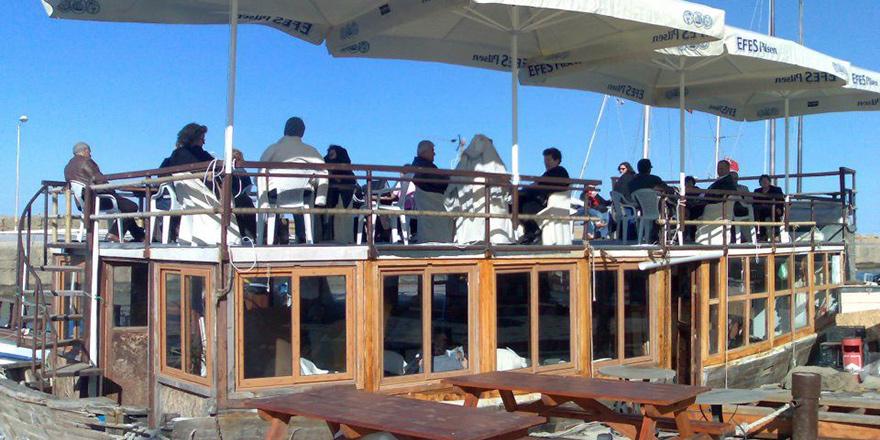 Boat Cafe  sulara gömüldü