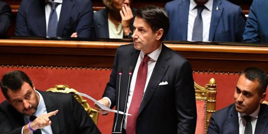 İtalya Başbakanı Conte istifa edeceğini açıkladı