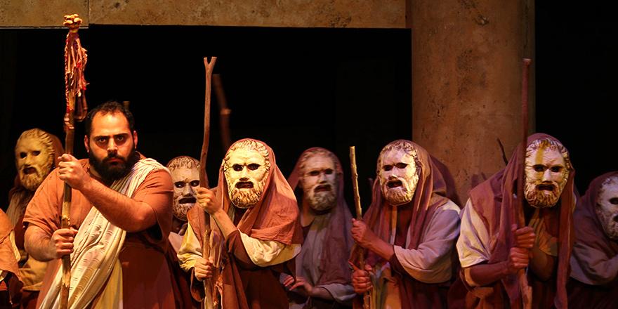 Antigone, En Çok Da Salamis'e Yakıştın…