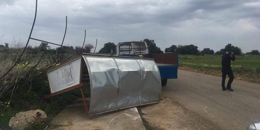 'Belediye Personeli üzerine traktör sürüldü'