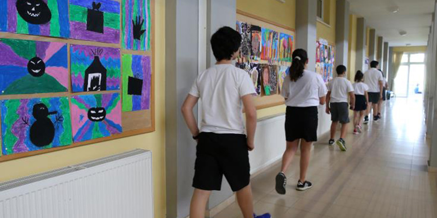 Güneyde ortaokulların açılması 16 Mart'a ertelendi
