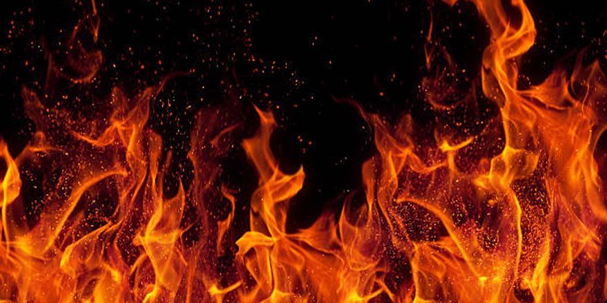 Haspolat'ta yangın: Üç araç müdahale etti