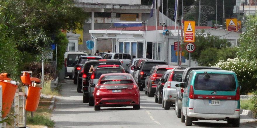 """Başbakan """"geçişler başlıyor"""" dedi, Olgun ve Mavroyiannis pazartesi görüşecek"""