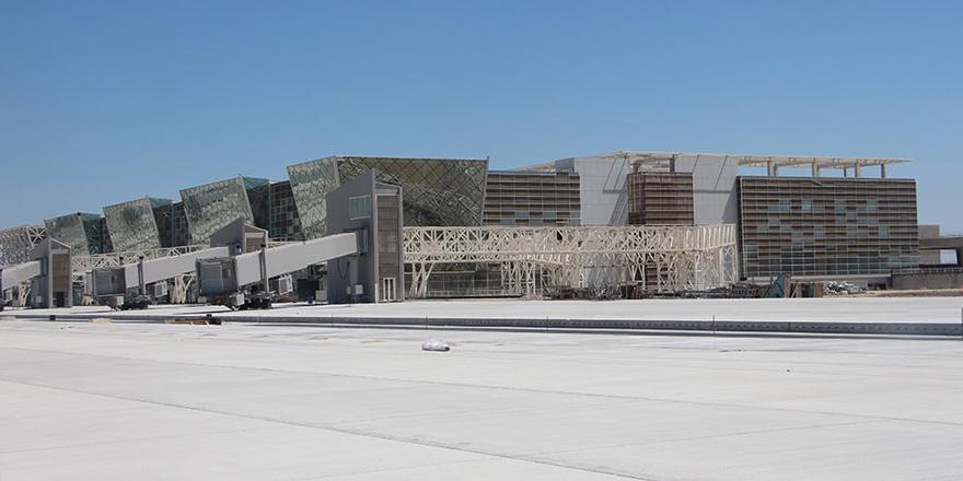 Canaltay: Ercan'daki yeni terminalin 15 Kasım'da açılması hedefleniyor