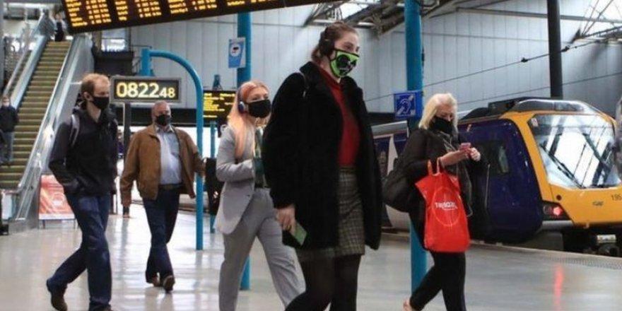 İngiltere'de coronavirüs vaka sayısı hızla yükseliyor