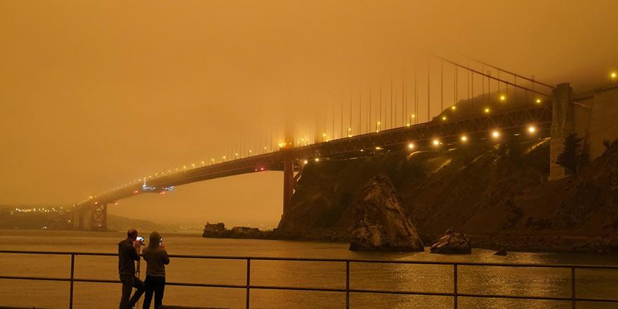 San Francisco kızıla boyandı