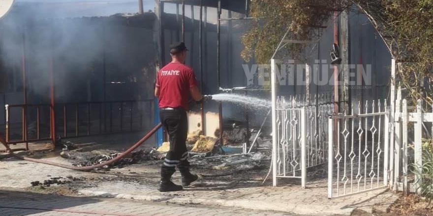 Elektrik sistemikısa devre yaptı: İki karavan yandı