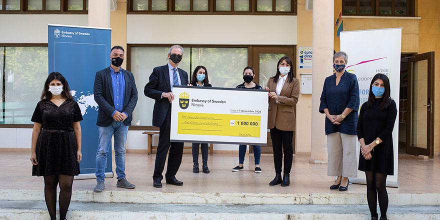 İsveç Dışişleri Bakanlığı'ndan Dayanışma Evi'ne 98 bin Euro değerinde hibe
