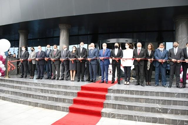 Near East Bank yeni merkezi açıldı