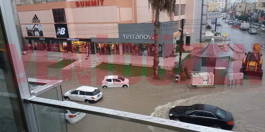 Mağusa'da şiddetli yağış
