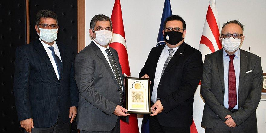 Mehmet Ali Yükselen'den Hocanın'a ziyaret