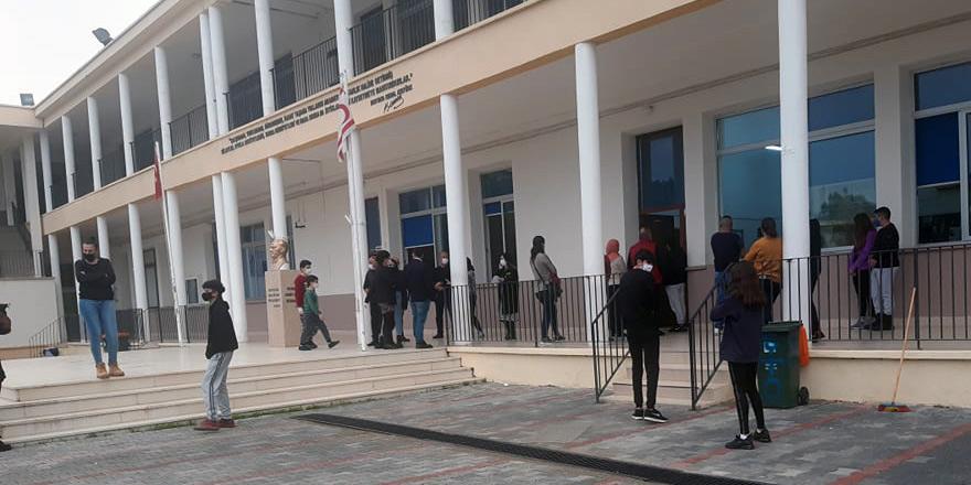 Şehit Turgut Ortaokulu'nda başka vaka çıkmadı