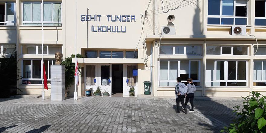 Şehit Tuncer'de 1 öğrenci pozitif, testler yapıldı