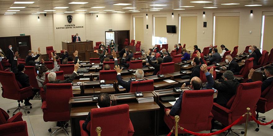 Meclisten erken oylama: Bütçe onaylandı, meclis kapatıldı