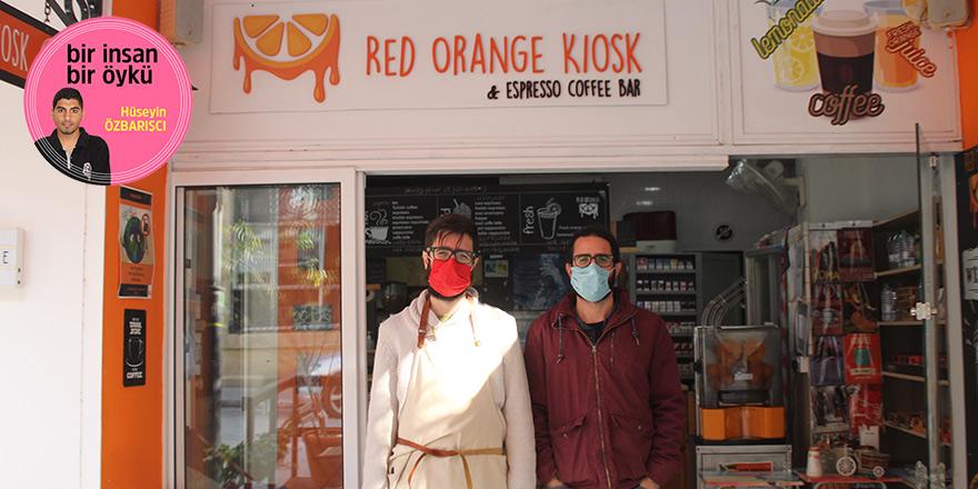 Sarayönü'nde küçük ve samimi bir ortam:  Red Orange Kiosk