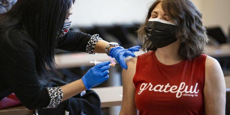Avrupa İlaç Ajansı, Moderna'nın Covid-19 aşısına onay verdi