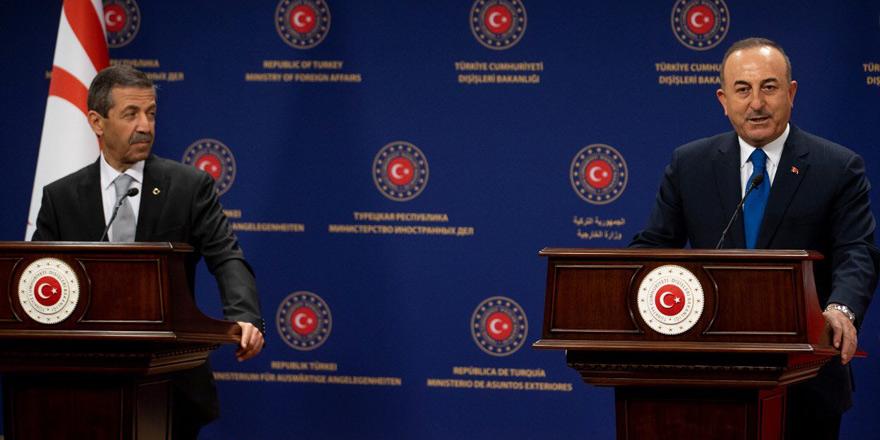 Çavuşoğlu-Ertuğruloğlu: İki devletli müzakere çağrısı