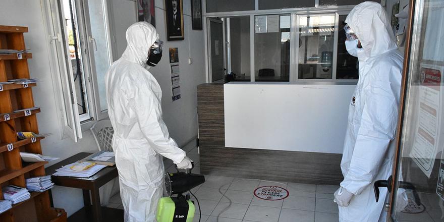 Girne'de binalar ilaçlandı