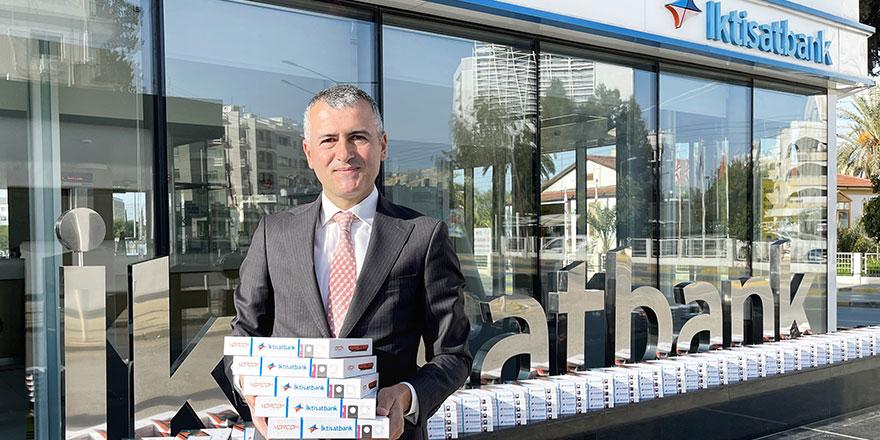 İktisatbank'tan çocuklara 250 tablet