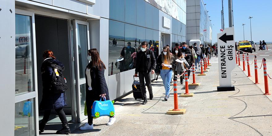 """Ercan'a ek uçuş: """"Haftada dört charter (kiralık) uçuş izni"""""""